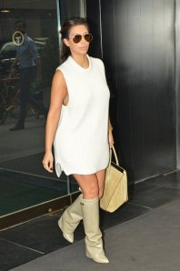 la-modella-mafia-Model-Off-Duty-Street-Style-Kim-Kardashian-in-Givenchy-beige-shark-boots-and-a-Celine-Phantom-bag-11