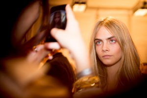 burberry-rtw-ss2014-backstage-04_162833241279_carousel_parties