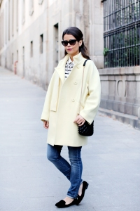 1354133016Yellow-coat-pastel-trend-oversize_Coat-maxandco-outfit-street_style-