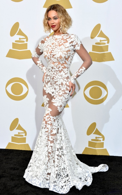 michael-costello-beyonce-wears-sexy-sheer-white-dress-at-grammys-2014-01