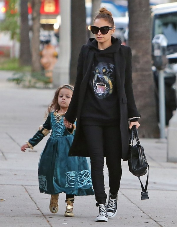 Celebrity Style Guide: Nicole Richie | t.listed Ashlee Simpson Shoes