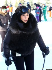 Kim Kardashian & Kanye West Go Skiing In Aspen