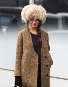 russian-fashion-trend-street-style-fur-hat-4